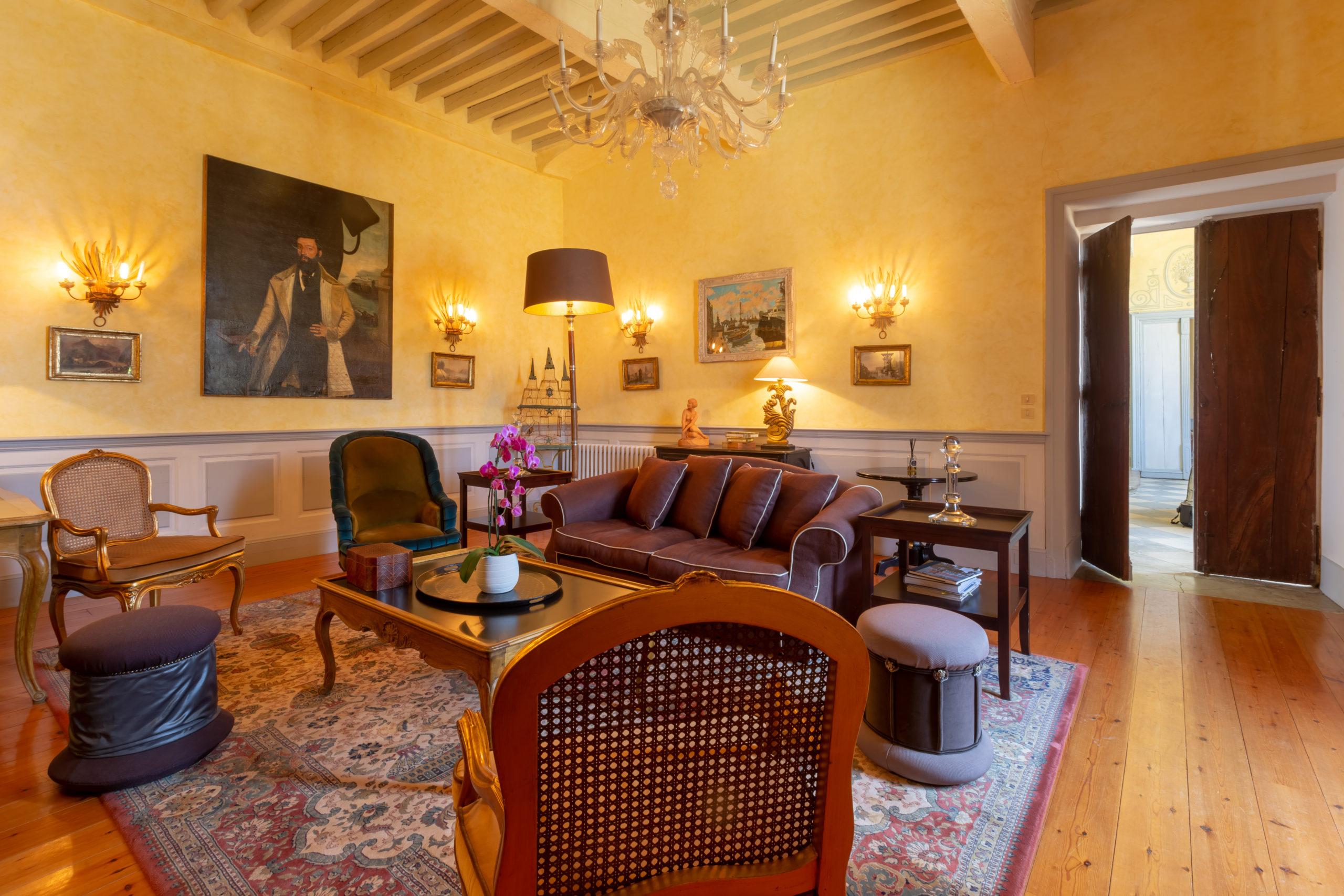 Petit salon château d'Issus